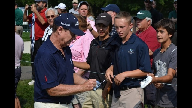 Tom Watson Still Popular with Fans