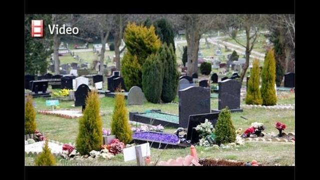 Eco-friendly funerals: Six feet greener