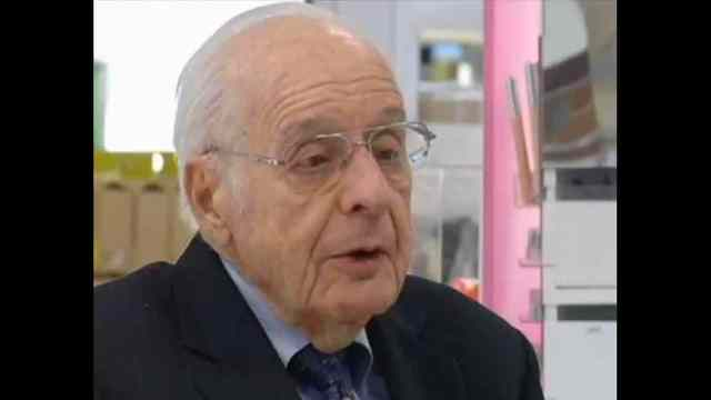 Department store magnate Boscov dies at 87